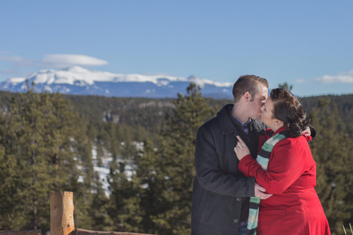 tihsreed-lodge-engagement-jennifer-garza-photography07